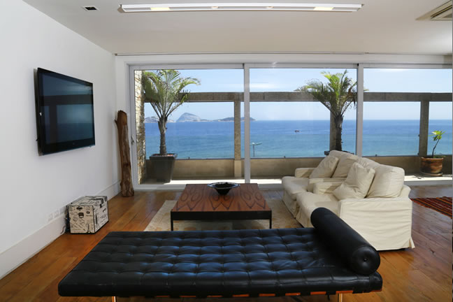 4 Bedroom Penthouse in Ipanema